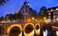 Strainii nu mai pot cumpara droguri in Olanda. Cum va afecta asta turismul?