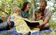 Cum sa il faci pe copil sa citeasca mai mult: asta seara citim in familie