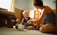 Cum sa cresti copii constienti de valoarea banului