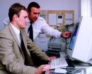 Greselile din e-mail te pot costa locul de munca