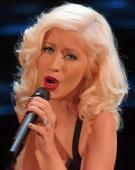 Christina Aguilera revine pe piata muzicala cu un album nou