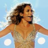 Concertul Jennifer Lopez de la Bucuresti, amanat pentru 2013