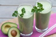 Smoothie cu avocado si pere