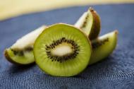 Fructe medicament: Kiwi, fructul cu cea mai mare concentratie de antioxidanti
