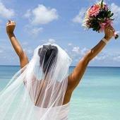 O femeie spune ca a gasit reteta fericirii: Casatoria cu sine insasi