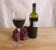 Vinul rosu poate preveni o boala foarte grava