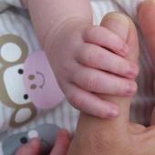 De ce vor bonele sa lucreze pentru mame cu bani