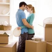7 aspecte de luat in considerare inainte sa va mutati impreuna
