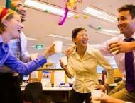Ce trebuie sa faci la o petrecere organizata la serviciu