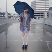 Ploua. Cu ce ne imbracam