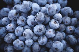 Sucul de afine - Cum se prepara si ce beneficii are pentru organism