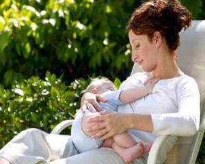 Beneficiile alaptarii pentru copil si mama