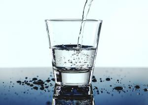 Consumul de apa calda - beneficii pentru organism