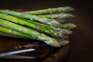 Beneficii sparanghel - de ce este indicat sa il consumi