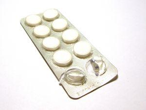 Adultii de peste 45 de ani, sfatuiti sa ia zilnic cate o aspirina