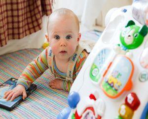 Atentie, parinti! Scutecele pentru bebelusi sunt imbibate cu substante toxice