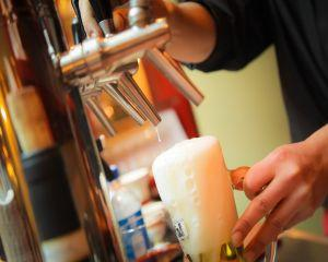 3 beneficii mai putin cunoscute ale consumului moderat de bere