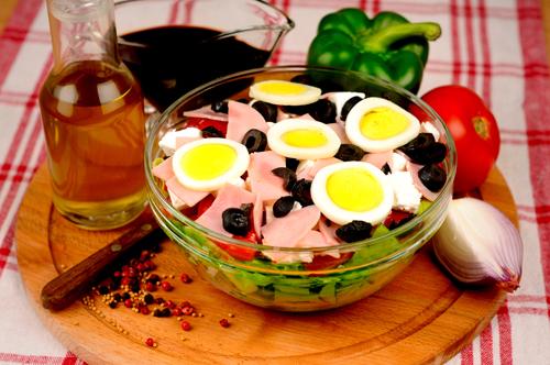 O salata gustoasa - salata bulgareasca