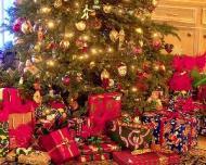 5 trucuri pentru a face economii cand ai de cumparat multe cadouri de Craciun