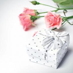 Seturi cadou pentru perioada 1-8 martie. Cele mai inspirate idei