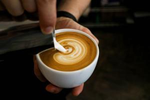 De ce nu este bine sa bei cafea cu lapte