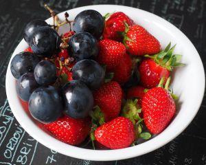 Culorile din farfurie: ce alimente previn cancerul