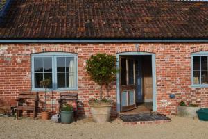 Top 10 motive ca sa alegi caramida pentru constructia casei tale