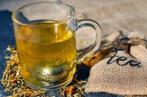 Cum te ajuta ceaiul de trei frati patati sa scapi de acnee