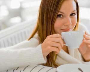 Ceaiul, remediul natural preferat de romani