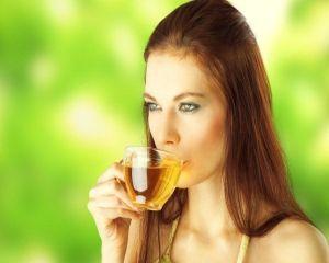 Ce beneficii are ceaiul verde pentru frumusetea ta