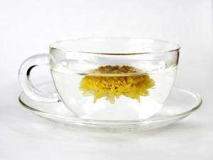 Ceaiul de crizanteme... Nu stiai secretul asiaticilor? Il aflam azi!