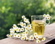 Ceaiuri din plante naturale - beneficii si recomandari