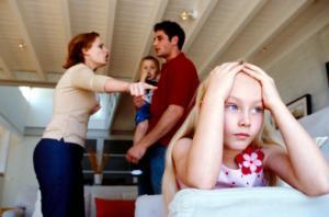 Certurile din familie afecteaza dezvoltarea copilului?