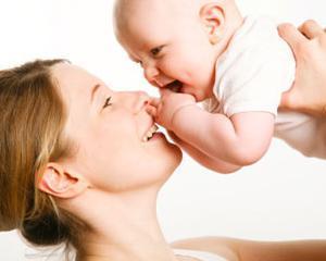 Concediul de crestere a copilului se modifica: durata unica si indemnizatie fara nivel maxim