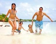 5 sfaturi pentru familiile care pleaca in concediu cu copilul
