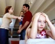Conflictele familiale influenteaza situatia scolara a micutului tau