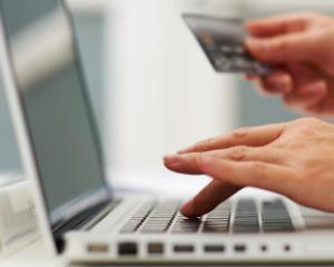 Ghid de cumparaturi online, pentru a fi evitat sa fii pacalit