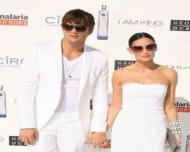 Demi Moore si Ashton Kutcher au divortat oficial