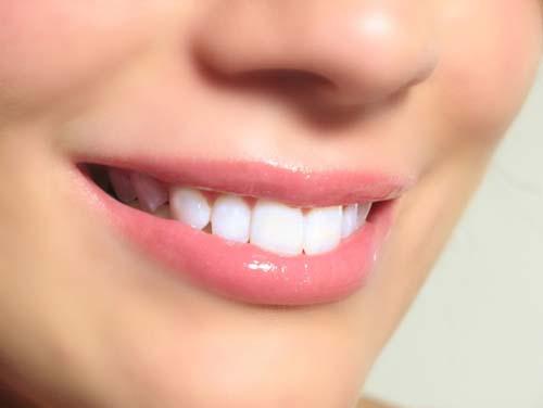 Cum sa ne spalam corect pe dinti