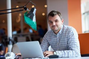 Aplicatii si softuri pe care orice antreprenor ar trebui sa le foloseasca