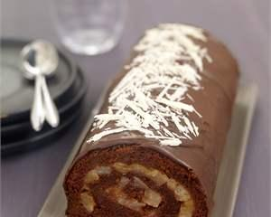 Delicios! Rulada de ciocolata si capsune