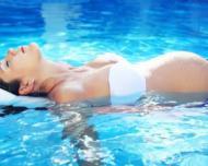 Gimnastica acvatica pentru femei gravide