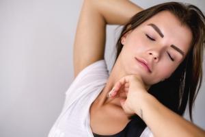 5 masti pentru acnee pe care sa le faci acasa