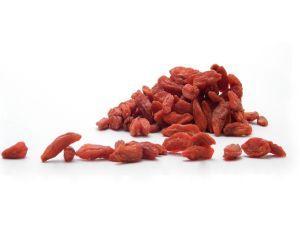 Bomboane cu fructe goji: reteta raw vegana