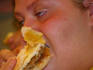 Se implica Statul suficient in lupta impotriva obezitatii? Avem nevoie de parerea dumneavoastra!