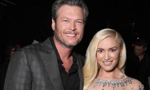 Gwen Stefani si Blake Shelton, oficial logoditi