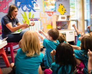 Raspunsurile copiilor la intrebari simple te vor face sa zambesti