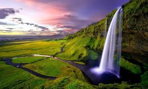 Islanda primeste turistii vaccinati