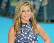Cum reuseste Jennifer Aniston sa arate superb la 45 de ani