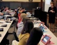 Manualele digitale afecteaza sanatatea copiilor
